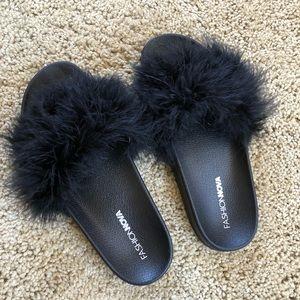 Fashion nova fur slides